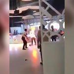 【衝撃映像】借金を返せなくなった男、焼身自殺をはかる。