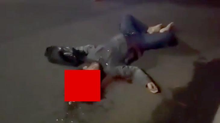 【閲覧注意】事故で死亡したバイカーの男性、頭が縦に割れて脳がこぼれてしまったグロ動画。