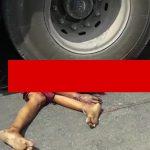 【閲覧注意】トラックに轢かれた女性の身体、よくわからない状態になってしまう・・・。