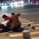 【中国】娘の彼氏であるパキスタン人を殴り殺す父親と兄。