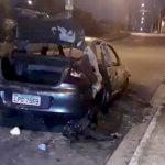 【閲覧注意】燃やされた車の中から何故かバラバラに切断された死体が発見されたグロ動画。