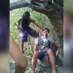 【閲覧注意】大きなナタとマチェーテでライバルギャングの首を切断するグロ動画。