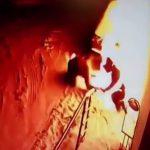 放火魔Lv.1の男、自分の身体に火を放ってしまう・・・。