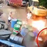 【衝撃映像】廃棄されたドラム缶が爆発して男性が弾き飛ばされるアクシデント映像。