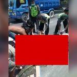 【超!閲覧注意】トラックに轢かれてグチャグチャになった肉片を回収するグロ動画。