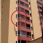 【閲覧注意】9階の高さから飛び降り自殺する男。
