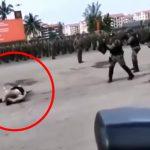 演習で凶悪犯を演じていた男性兵士、誤って撃ち殺されてしまう・・・。