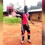 【閲覧注意】切断した頭を手に持ってはしゃぐアフリカのギャングたち。