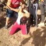 【超!閲覧注意】メキシコの麻薬カルテル、生きたまま女性の腕と首を切断してしまう・・・。