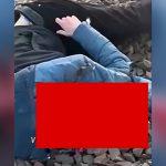 【閲覧注意】電車の前に飛び出して自殺した男の頭、粉砕されてしまう・・・。