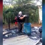 【閲覧注意】カミナリに打たれて焼け死んだ人間の死体を回収する映像。