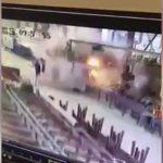 【衝撃映像】工場の設備が突然大爆発して作業員が吹き飛ばされてしまう映像。