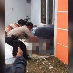 【閲覧注意】自宅で死亡した男性の腐乱死体を引きずり出すグロ動画。