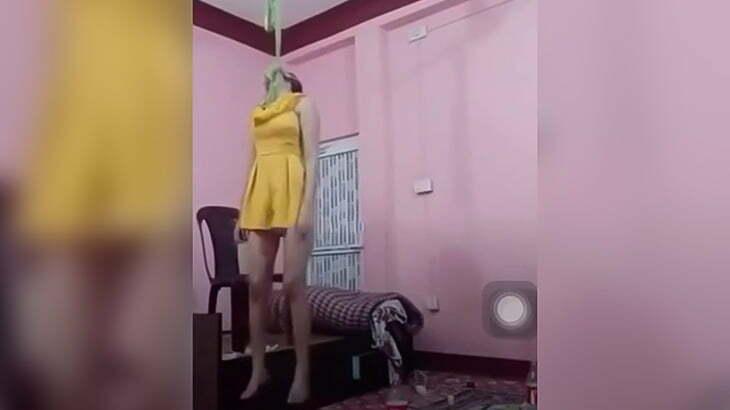 自宅で首を吊って自殺する様子をFacebookでライブ配信した女の子の映像。