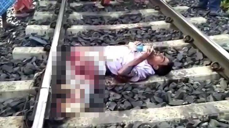 【閲覧注意】列車に両脚を切断された男性、水を自分で飲む余裕はある映像。