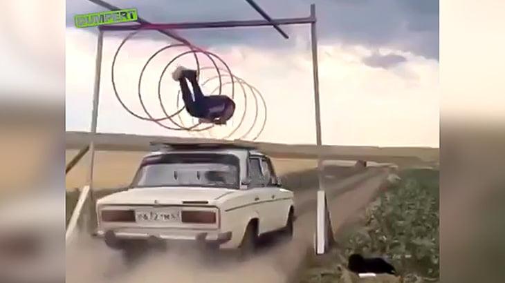 命知らず過ぎるロシアのスタントマンの映像。