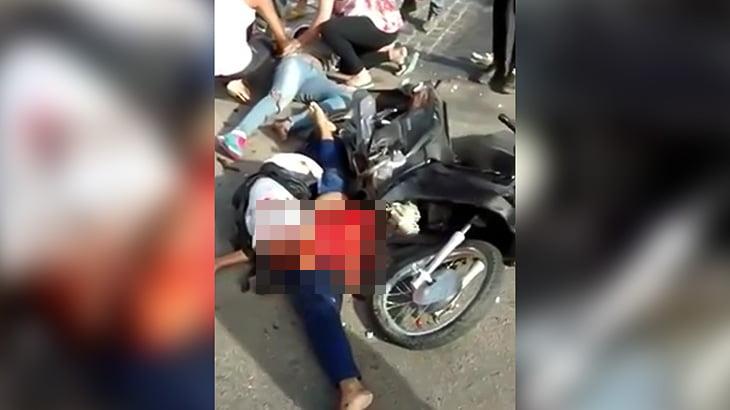 【閲覧注意】バイク事故で股が裂かれてしまった女性の映像。