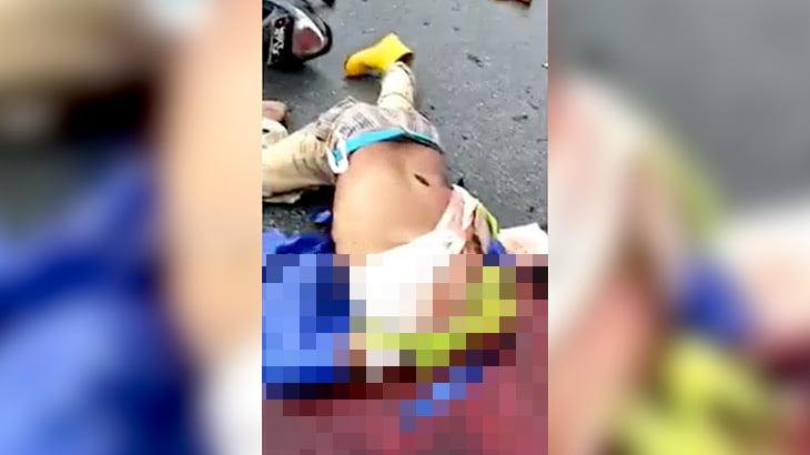 【閲覧注意】トラックのタイヤに頭を完全に潰されてしまった男性の死体映像。