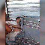 【閲覧注意】車に轢かれて胴体真っ二つになった男性のグロ動画。