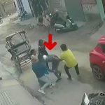 女性から金品を奪おうとした強盗、住民たちにフルボッコにされる映像。