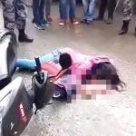 【閲覧注意】バイク事故で頭から脳が飛び散ってしまった女性の死体映像。