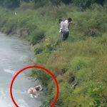 【閲覧注意】急流の中から男性の水死体をロープで引き上げる映像。