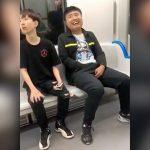 電車内でチンポコを弄くりまくる男の映像。