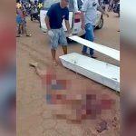 【閲覧注意】トラックに身体をグチャグチャに轢き裂かれた男性の死体映像。