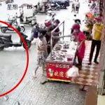 【閲覧注意】飛び降り自殺した男性が地面に激突する瞬間の映像。