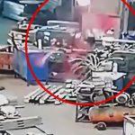 【閲覧注意】回転する機械に巻き込まれた男性の身体からどんどん肉片が飛び散っていくグロ動画。