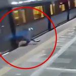 【閲覧注意】電車とホームに挟まれて死ぬことを選んだ男の映像。