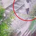 電車に轢かれて弾き飛ばされて死んでしまった女性の映像。