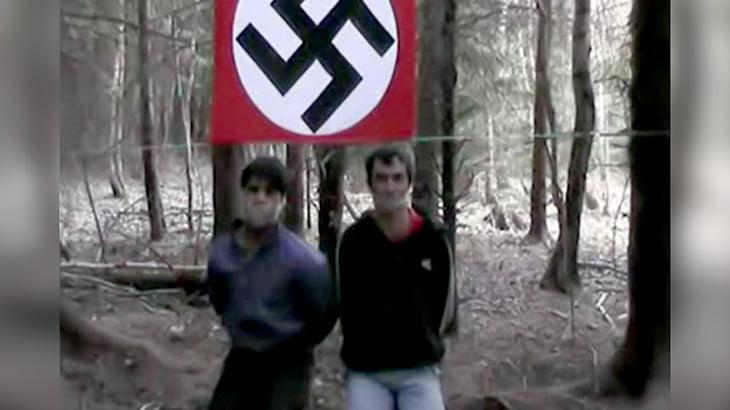 【閲覧注意】ネオナチが移民男性の首を切断するグロ動画。