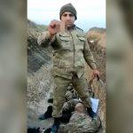 【閲覧注意】切断した敵兵の耳をカメラに向ける兵士たちの映像。
