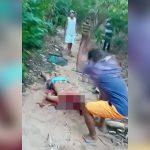 【閲覧注意】殺害した男の頭を鍬で何度も叩き切るグロ動画。