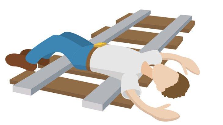 【閲覧注意】義兄を殺したあと電車に飛び込んで自殺した男の死体映像。
