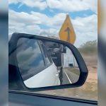 トラックにめっちゃ煽り運転されたあげく車体をぶつけられる映像
