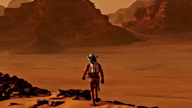 火星に降り立った探査車が撮影した大地の映像