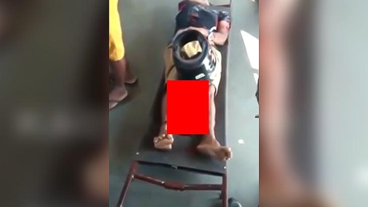 【閲覧注意】バイク事故で頭部が切断されてしまった男性の死体映像。
