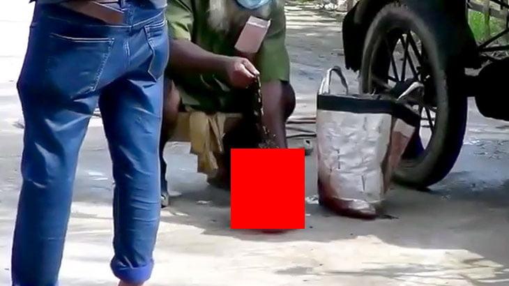【閲覧注意】ビニール袋から切断された人間の頭部を取り出す映像