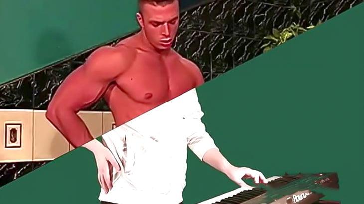 AV男優がまるで楽器を演奏しているように編集した映像。