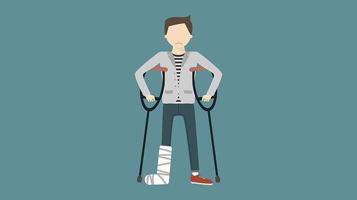 【閲覧注意】脚の骨を固定していた金属プレートを摘出する手術映像