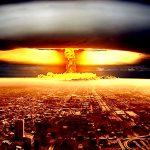 爆竹から原爆まで、爆発の威力を比較した映像