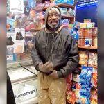 万引きを指摘された黒人男性、逆ギレ(動画)