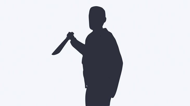 【閲覧注意】1人の女性をただ黙々とナイフで刺し殺すギャングたち(動画)