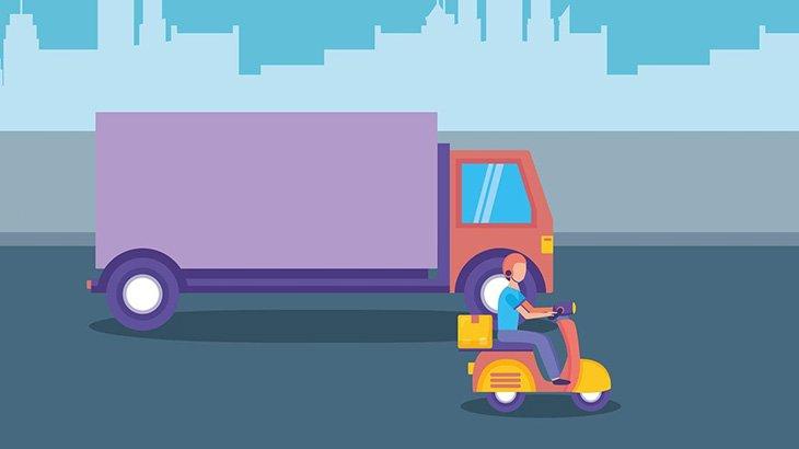 右折するトラックのタイヤに潰されそうになったバイカーさん、神回避(動画)