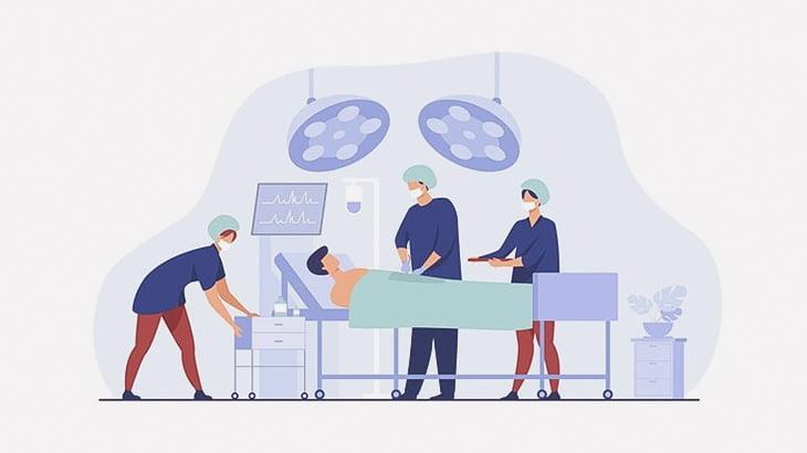 胸が切り開かれて内臓むき出しの男性患者・・・と思いきやコレ、訓練用人形だそうです(動画)
