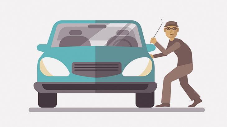 車を盗もうとした男、ボコボコにされる(動画)