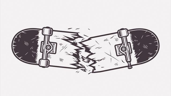 「スケボーを両脚で折って金玉を強打するチャレンジ」をする男(動画)