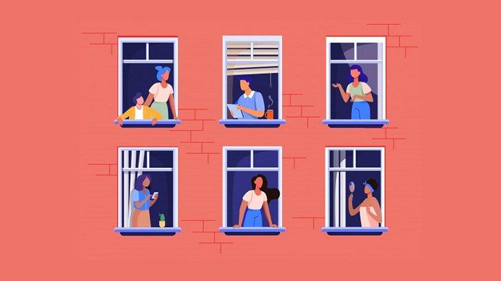 レスキュー隊を振り切って窓から飛び降りてしまう裸の男(動画)